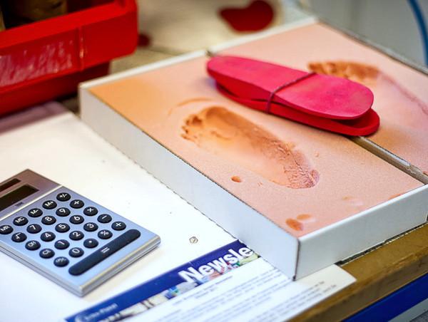 Fußabdrücke für orthopädischen Schuhbau